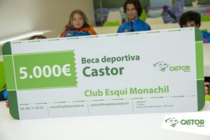 Limpiezas Castor. BecaDeportivaCastor-0013_MDF-300x200 Beca deportiva al Club Esquí Monachil Sierra Nevada