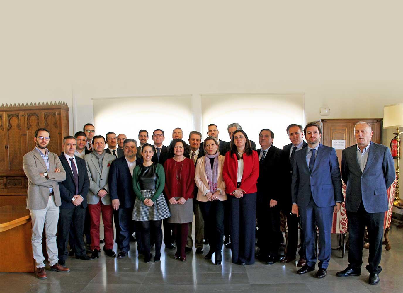 Convenio de colaboración entre CEIGE y la UGR