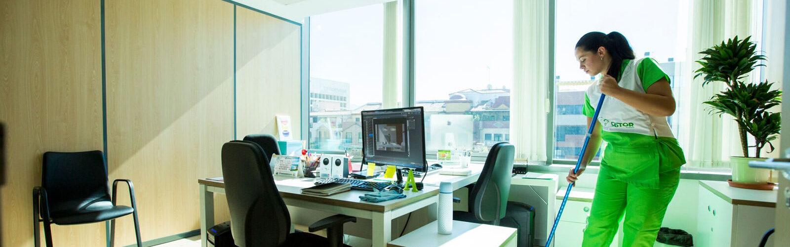 Limpiezas Castor. limpieza-oficinas-malaga-1600x500 Limpieza de oficinas Málaga