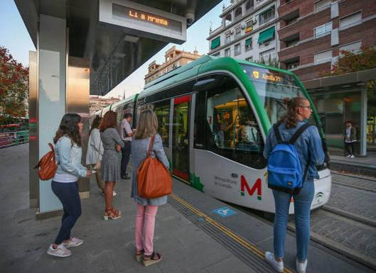 Limpiezas Castor. Metro_Portada Empresa de Limpieza Granada. Limpiezas Castor