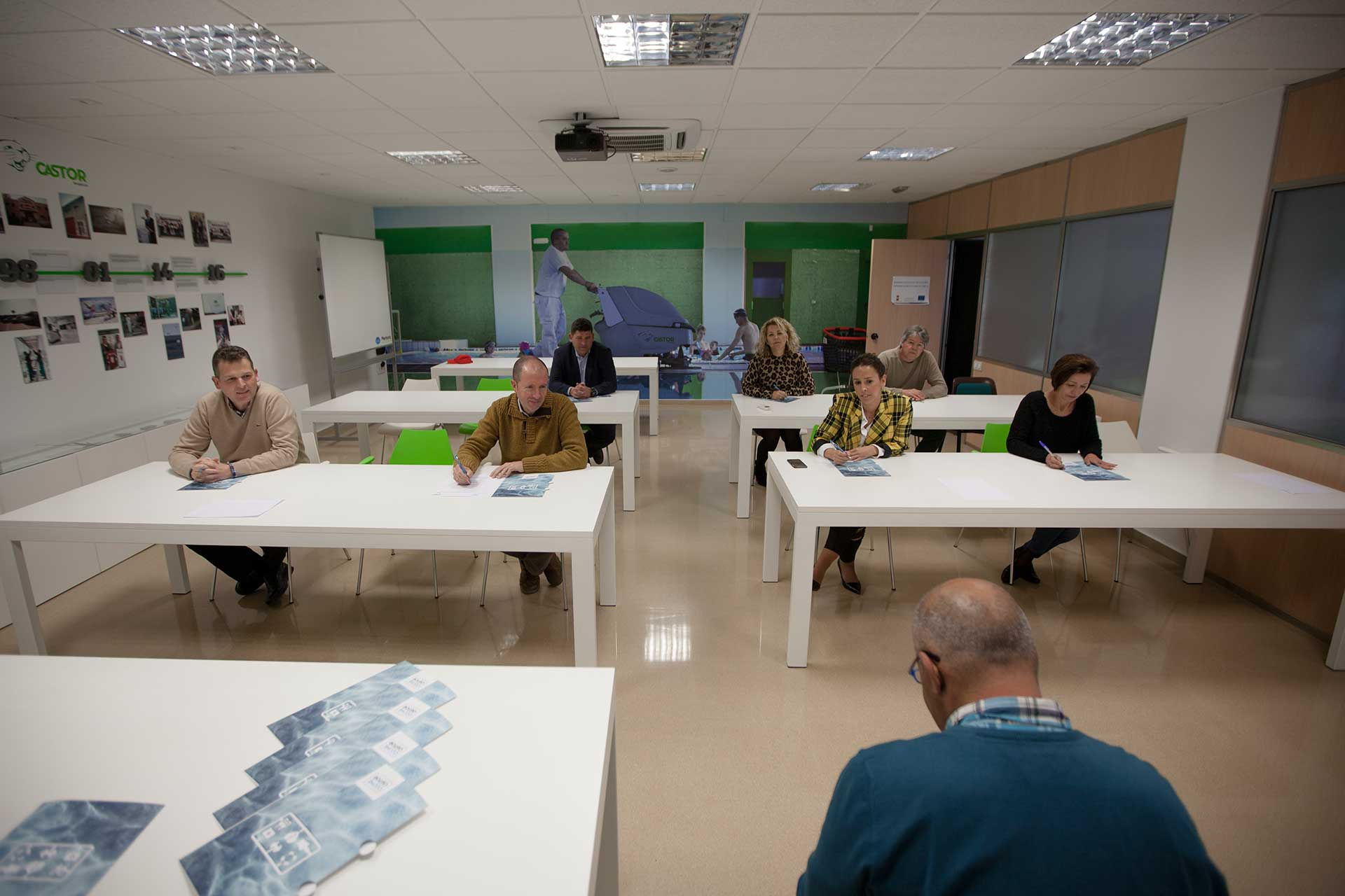Limpiezas Castor. IMG_0435 Empresa de Limpieza Granada. Limpiezas Castor