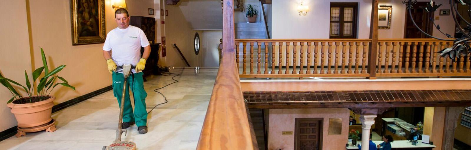 Limpiezas Castor. limpieza-portales-granada Limpieza de portales Granada